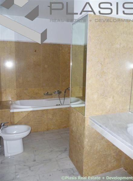Voula, Centar, € 450.000, 187 m²